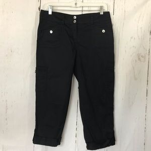 WHITEHOUSE|BLACKMARKET Black Cropped Pants